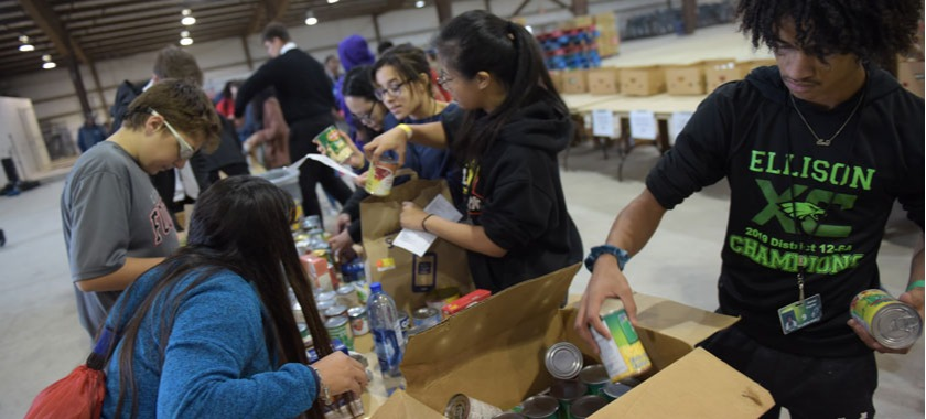 Food for Families 2019 raises food for local pantries