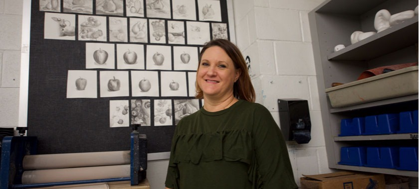 HHHS art teacher wins honor