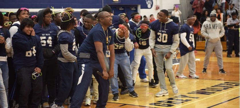 SHS and HHHS hosted rallies and send-offs for playoff-bound football teams